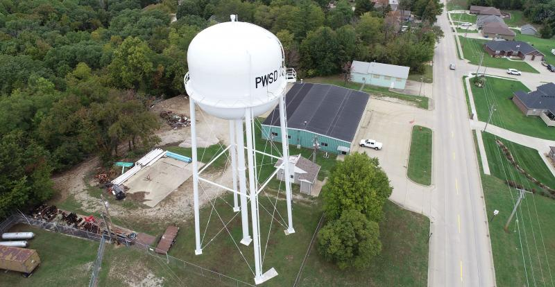 Elevated water tank in Missouri